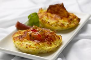 Kartoffel-Pizzasnitter m/ost og løg relish