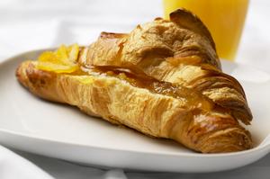 Croissant med abrikos
